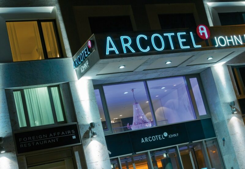 ARCOTEL John F. - Zimmer, Suiten und Appartements mit internationalem Flair.
